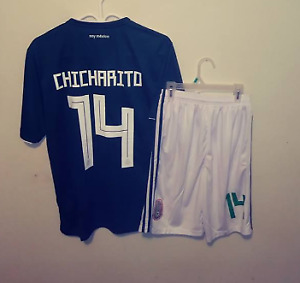 SOCCER JERSEYS AND PANTS - NEW