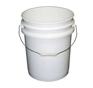 5 Gallon White Plastic Pail