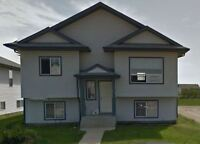 3 Bed, 1 Bath 228 Jenner Cres Available Now      $1250 +