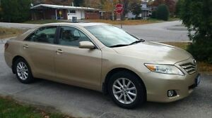 2010 Toyota Camry XLE Sedan-Loaded W/ Winters Tires