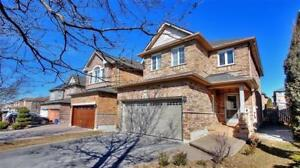 DETACH HOUSE AT RUTHERFORD AND DUFFERIN, VAUGHAN FOR SALE!
