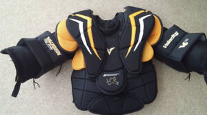 ★ Vaughn V6 2200 Pro Chest Protector SR Extra Small BRAND NEW ★