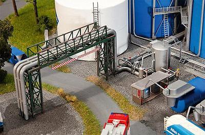 FALLER OO, HO gauge ARAL Pipe Line & Filling Plant Kit (130487)