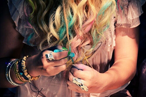 Creative Hair Colouring with Chalk