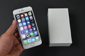 Excellent Condition Iphone 6 16 GB Silver/White for Sale