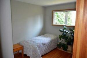 Bright & Spacious Main Level Unit in Mayland Heights