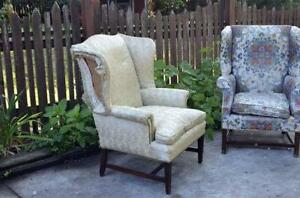 Merveilleux Vintage Wingback Chairs