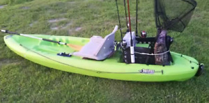 2 pelican kayaks sit on, 10' lightweight comfortable/fishing