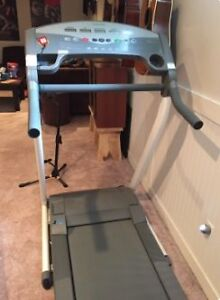 TUNTURI TREAD MILL - folding-mint condition Kitchener / Waterloo Kitchener Area image 3