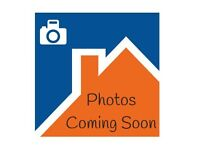 1 bedroom in Birchwood Avenue, ,