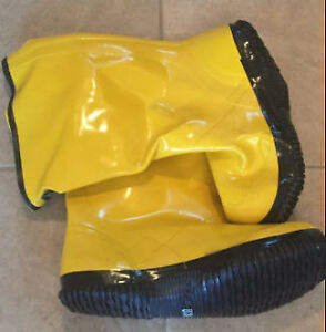 Bon 14-724 Heavy Duty Yellow Rubber Contractor's Overshoe Boot,