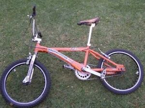 Looking for Mongoose Pro SGX 2001 Cranbourne East Casey Area Preview