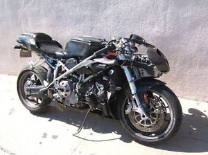 Wanted. Ducati 748 or 749 project Springfield Lakes Ipswich City Preview