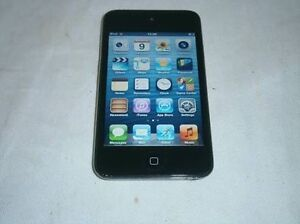 iPod touch 8gb Brunswick West Moreland Area Preview