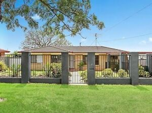 Urgent break lease - 3 bedroom home in Glenvale!! Toowoomba Toowoomba City Preview