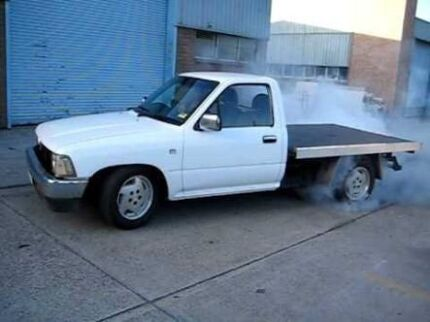 Wanted: WANTED 1uz 2wd hilux