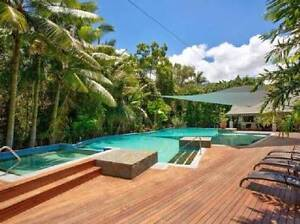 BEAUTIFUL ROOM FOR RENT NEXT TO THE BEACH!! Palm Cove Cairns City Preview