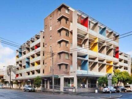 ULTIMO Nice & Modern master bedroom 4 rent  ( syd uni/UTS/City)
