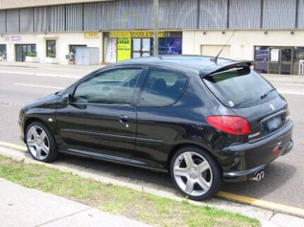 North of river BLACK Peugeot 206 female driver Friday Wanneroo Wanneroo Area Preview