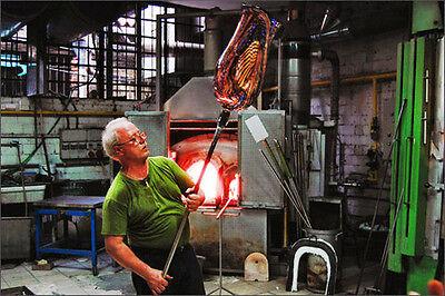 Murano Glass Maestro creating a stunning Glass vase