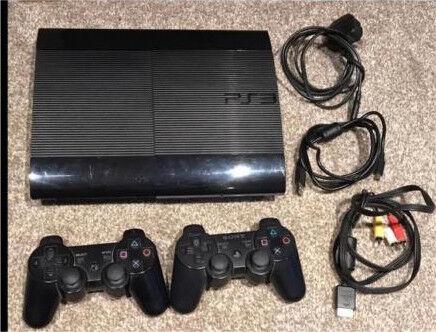 PlayStation 3 Super Slim + 13 games
