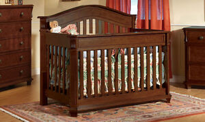Arezzo Convertible Crib West Island Greater Montréal image 1