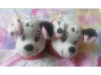Disney 101 Dalmatians Stompeez Girl Boy Kids Fun Slippers Size for a 3 to 5 year