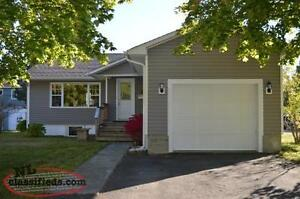 Fully-furnished, 3 bed Executive Rental Grand Falls- avail Mar 8