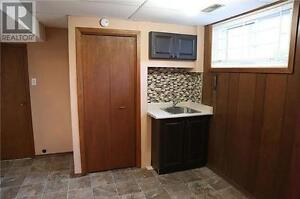 2(basement) bedroom are available in good maintained detach hous Kitchener / Waterloo Kitchener Area image 7