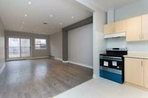 Open Concept 2-Bed/2-Level Spacious Unit in Little Italy