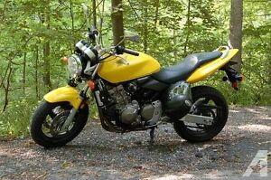 Honda Hornet ~ Rare find!