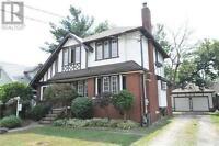 Home For Sale in Beautiful Niagara Falls