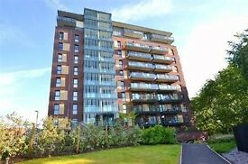 MUST SEE!!! Stunning 2 Bedroom in Hendon!!!