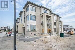 Whitby 2 bedroom Brandnew freehold  town for lease
