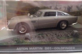 James Bond 007 Aston Martin DB5 Goldfinger 1:43 Scale Model