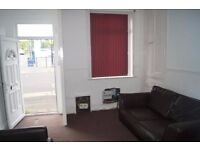 5 MINUTES WALK TO ASHTON TRAIN STATION. Ready to move in property in the heart of ASHTON TOWN CENTER