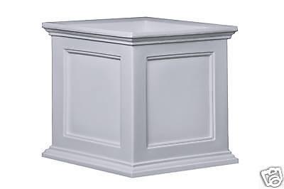 Mayne Fairfiled Patio Planter Box - White