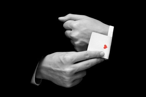 MAGICIAN FOR HIRE - Weddings, Parties & Events - London & Kent