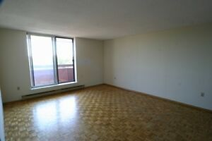 2 Bedroom Apt for rent, parking incl.