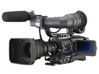 JVC GY-HD200E professional camcorder almost brandnew, low hours with opt. accessories (extra cost)