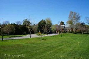 3+1 bdrm home, 5 acres, pond, 5min to town,beach, shops: Cobourg