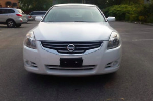 2012 Nissan Altima with a PUSH BUTTON START! FREE SAFETY AND ETE