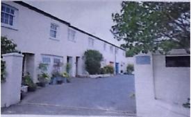 2 bedroom house in Grove Hill Road, Tunbridge Wells