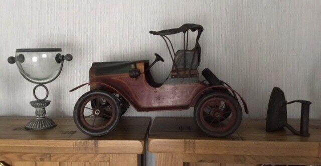 Decorative antique car