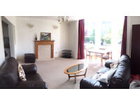 Furnished Two Bed Flat in Redland