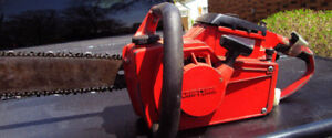 "Chain Saw 17"" Craftsman with Blade Cover"