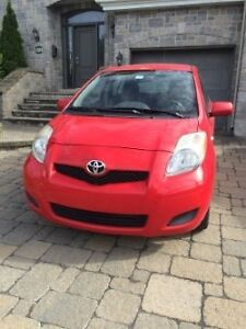 2009  Toyota  Yaris  LE  Hatchback,  automatique, 111,500  km
