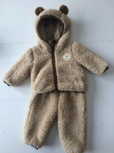 North Face Infant Winter Suit (0  - 3 months) perfect condition