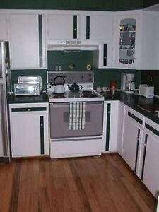 Fully furnished 2 bedroom bungalow in Canyon Meadows