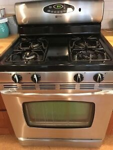Maytag Natural Gas Stove